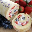 Learn How to Make and Decorate a Cake Roll