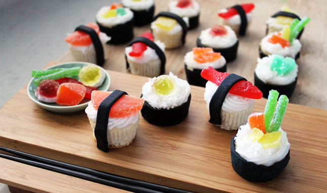 Grab your chopsticks it s sushi cupcake time