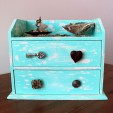 DIY Basics: Weathered Wooden Jewelry Box