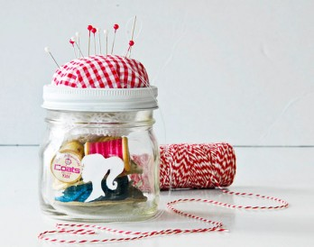 10 Creative Gifts That Come in a Jar