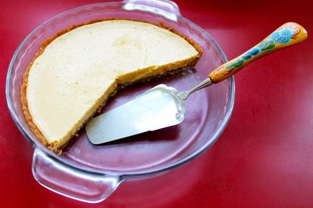 Meyer Lemon Cream Pie with Nilla Wafer Crust   Brit + Co