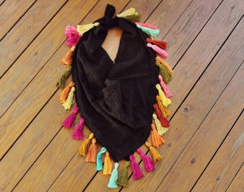 Make Your Own Tassel Scarf