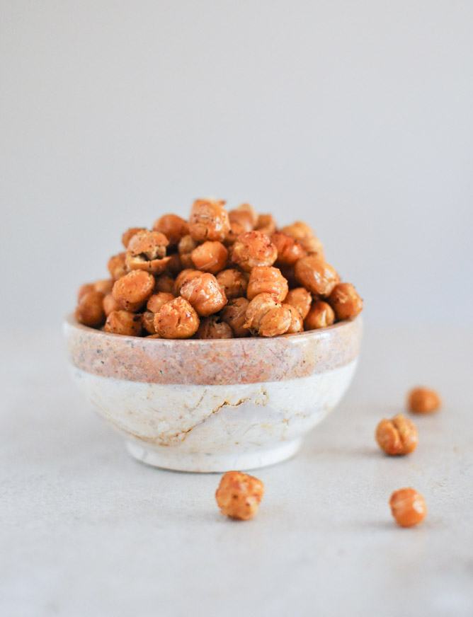 Simple Snack: Roasted Chickpeas | Brit + Co