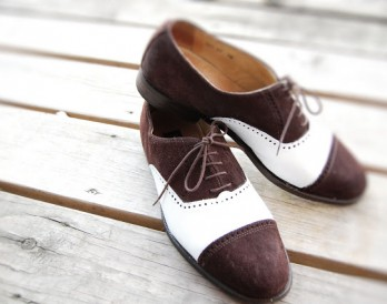 Shoe Hack: DIY Saddle Shoes