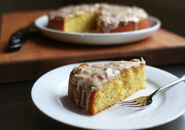 Almond Olive Oil Cake : The delicate almond flavor is the perfect ...