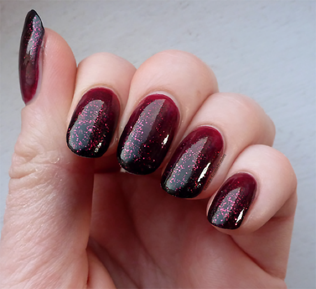 Diy Autumn Gradient Nail Art: 12 DIY Nail Art Ideas For Thanksgiving And Fall