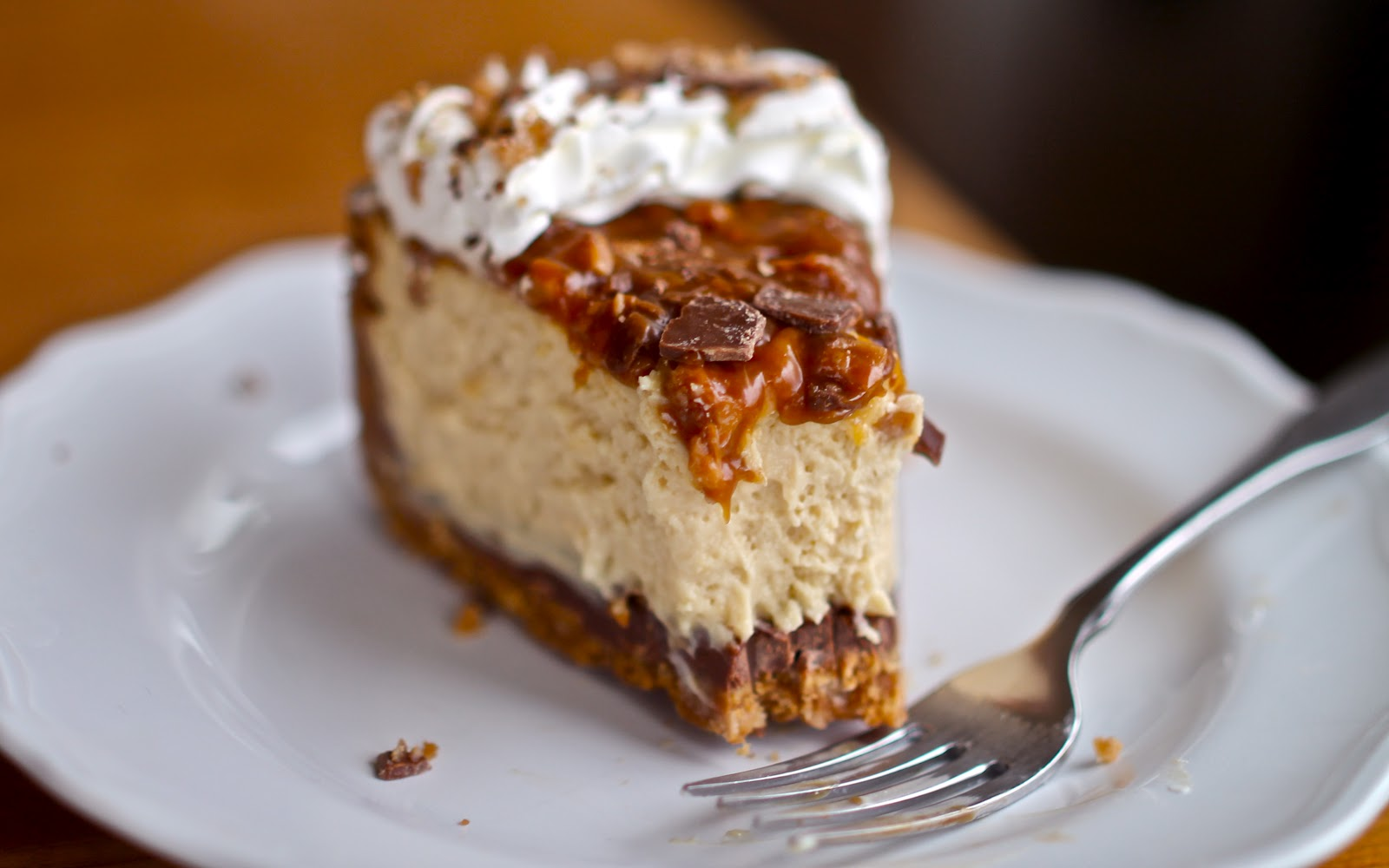 17. Caramel Toffee Crunch Cheesecake : We love that toffee is featured ...