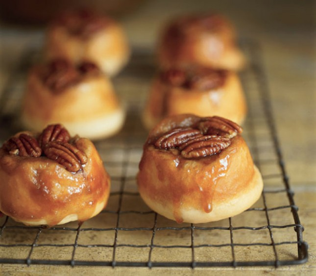22. Pecan Sticky Buns : Make sweet and sticky buns for your honey bun ...
