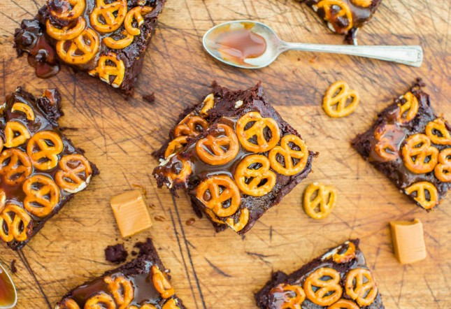 17. Salted Caramel Pretzel Topped Fudgy Brownies : Deep breath. (via ...