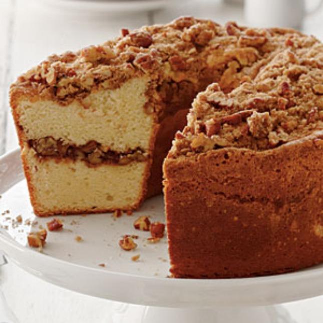 Apple Streusel Pound Cake