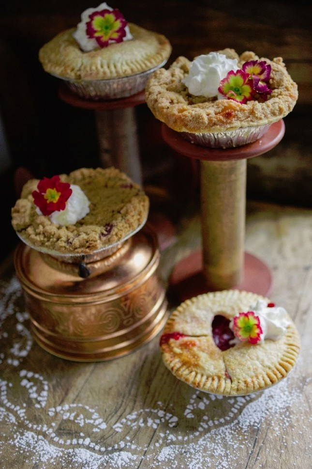 4th of July Wedding Inspiration ⋆ Ruffled | Individual ... |Personal Pies Wedding